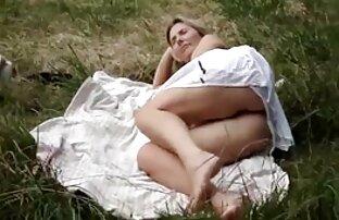 性感的塞雷娜阿里采取一个巨大的公鸡户外 口交视频